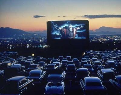 Cinema-in-aer-liber-Mamaia